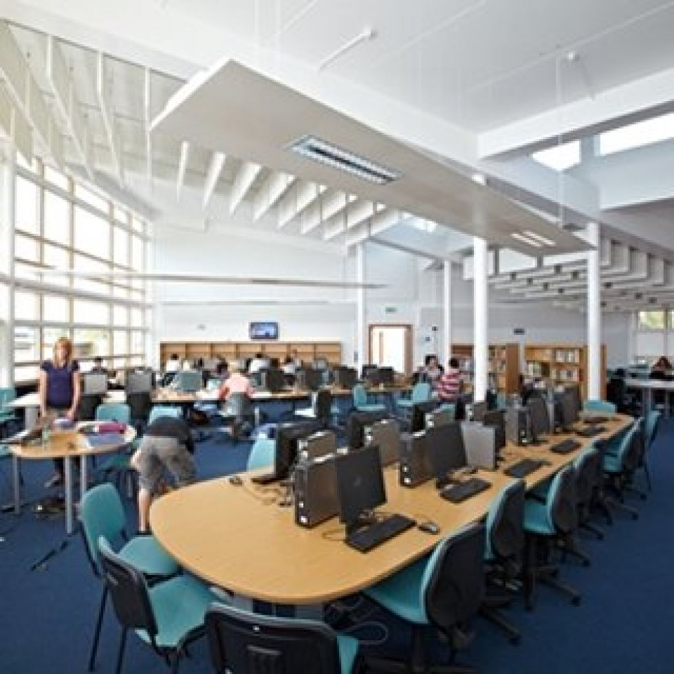 Reepham College - Learning and Resource Centre - 120 computers in naturally ventilated, naturally lit environment with automated temperature, C02 and automated Faber blind glare control